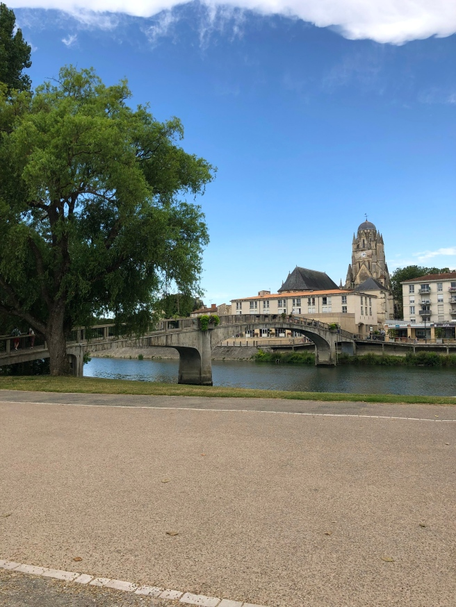 Saintes River