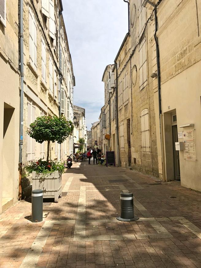 Saintes Street